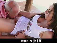 Grosse Boobs, Blowjob, Cunnilingus, Selbstbefriedigung