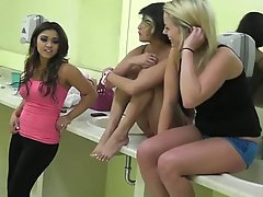 Amateur, Blondine, Brünette, College