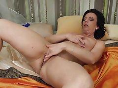 Porn mature solo Amatura Tube