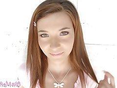 Brunette, Teen
